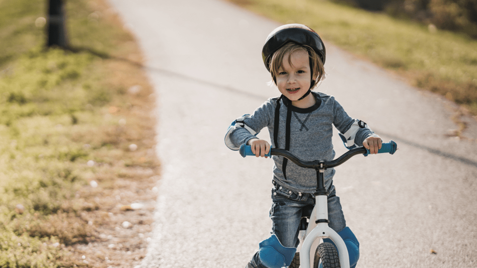 d784c8306 Ditch the training wheels! With these tips your kid will be confident on  two wheels in no time.