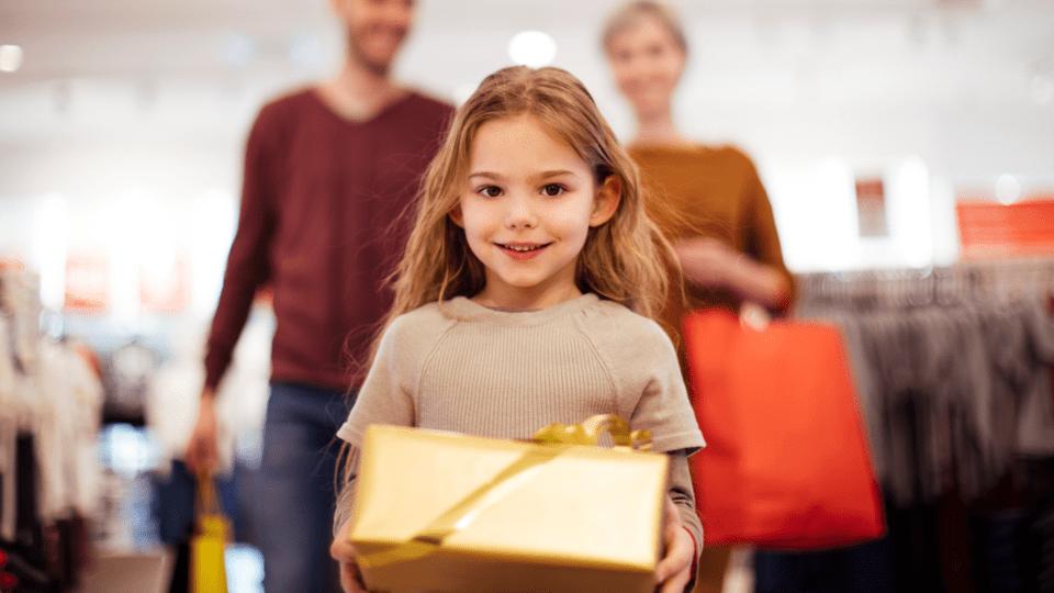 Why Gift Cards Should Never Be Presents For Kids Kinderling Kids
